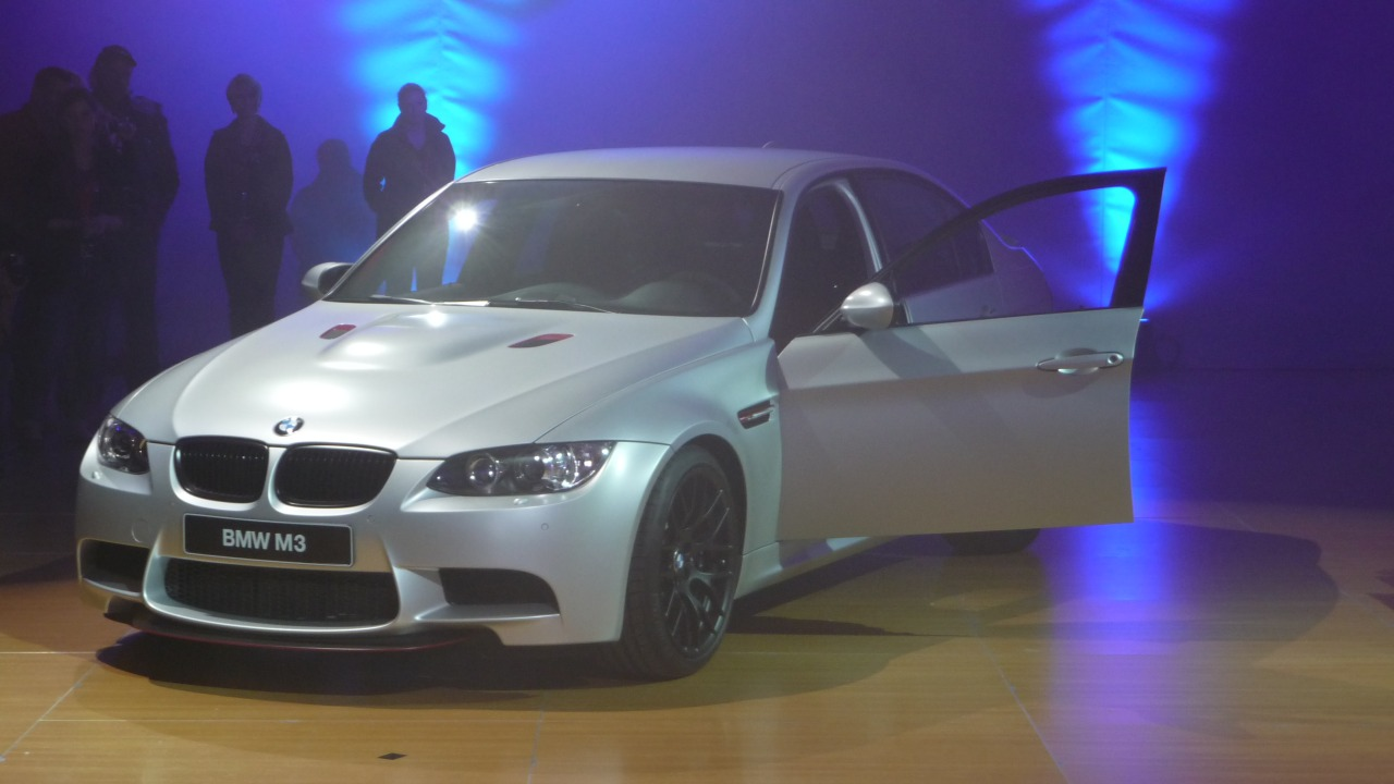 BMW_E90_M3_CRT_M_Night_01.jpg