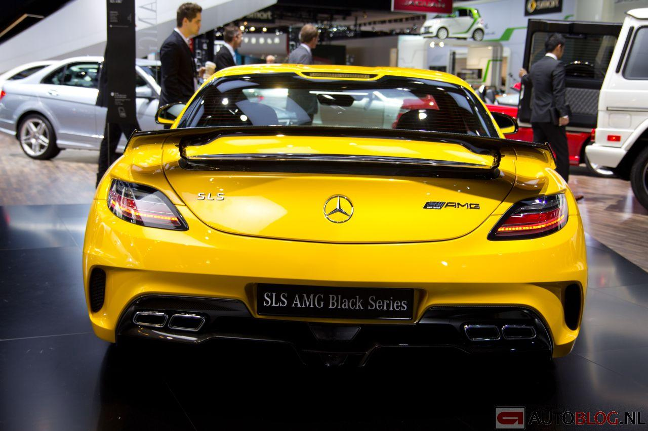 Mercedes-Benz_SLS_AMG_Black-Series-18.jpg
