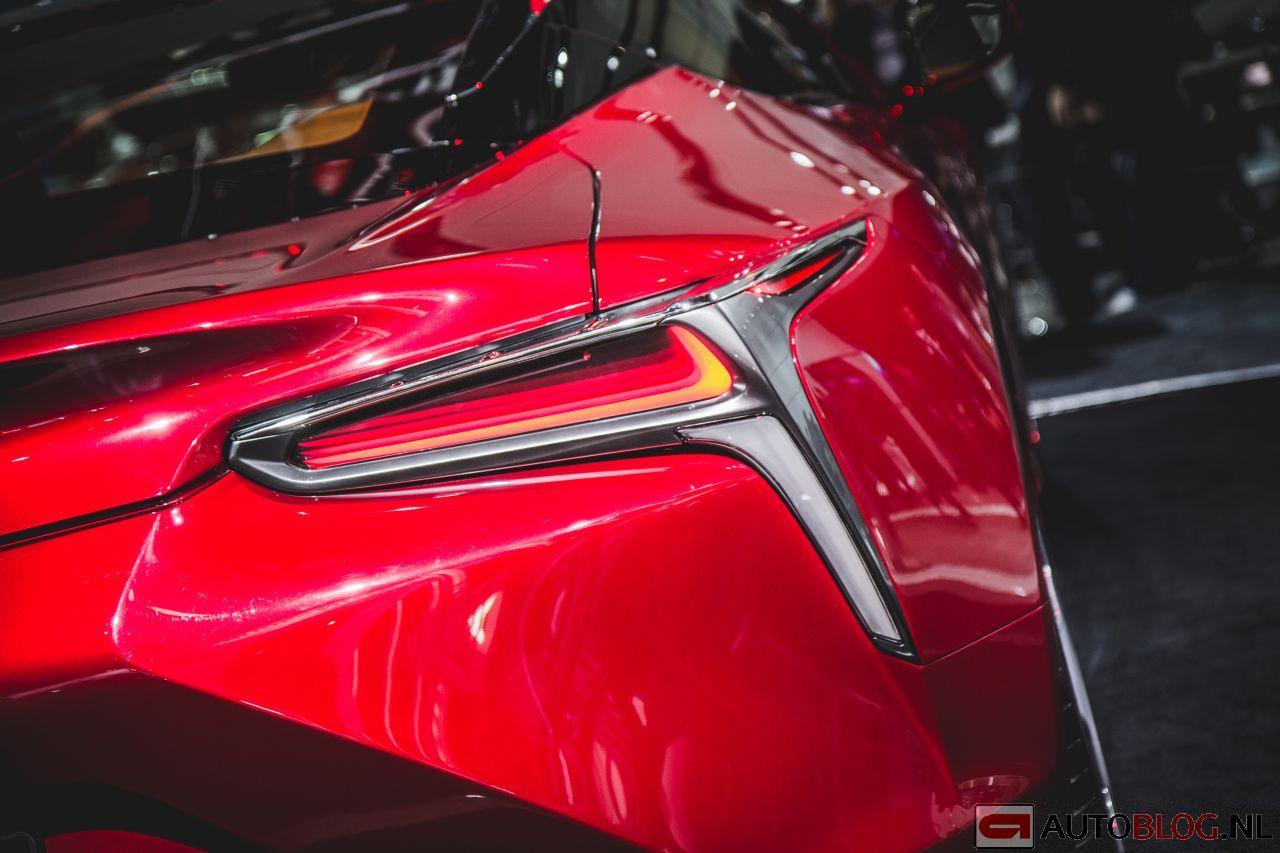 Lexus_LC500_01.jpg