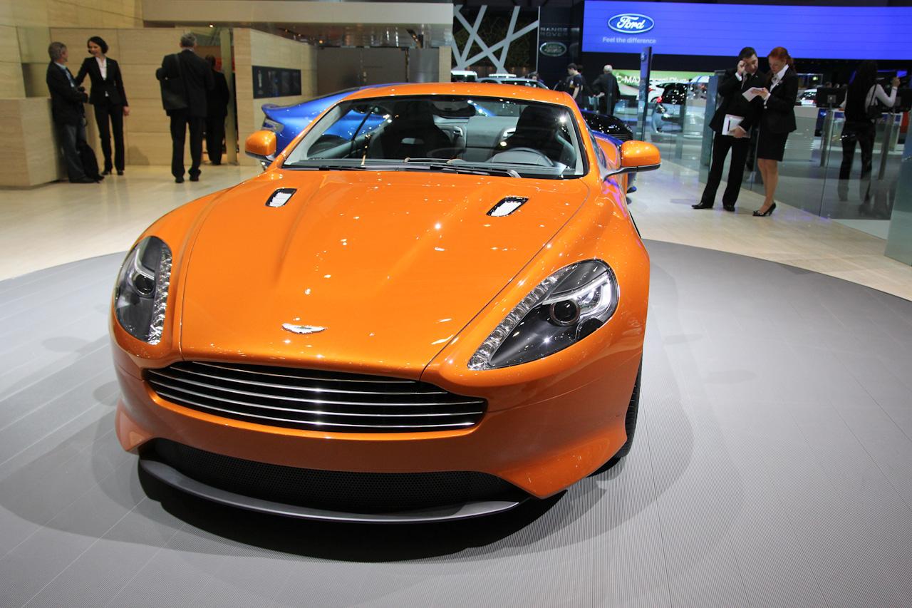 Aston_Martin_virage-0246.jpg