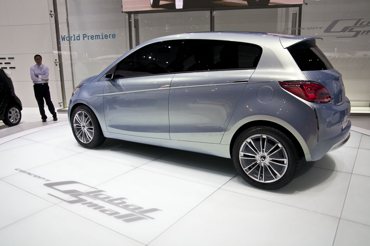 Mitsubishi_Concept_Global_Small-4012.jpg