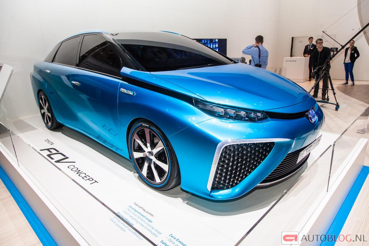 Toyota-FCV-Concept-6352.jpg