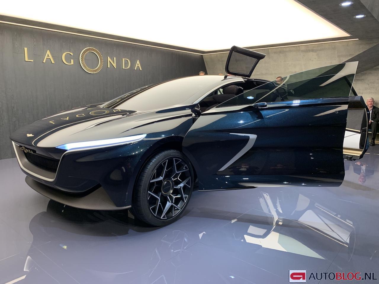 aston-martin-lagonda-concept-00001.jpg
