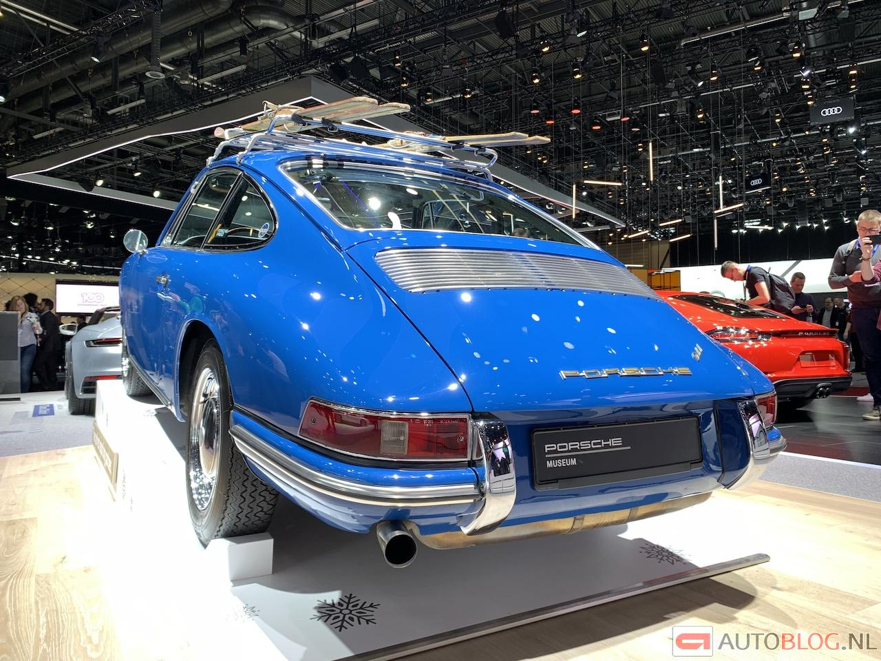 911-20-coupe-1965-00001.jpg