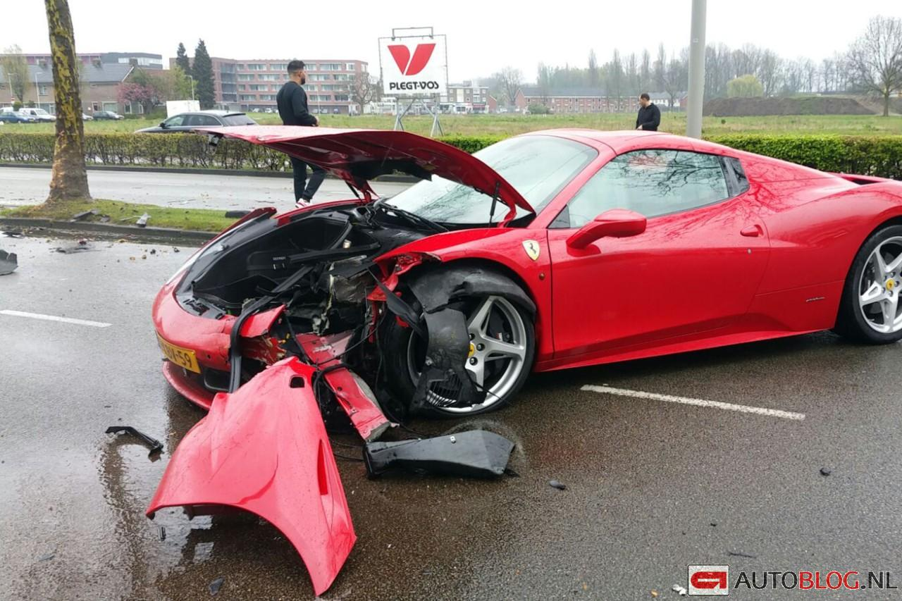 ferrari-458-crash-001.jpg