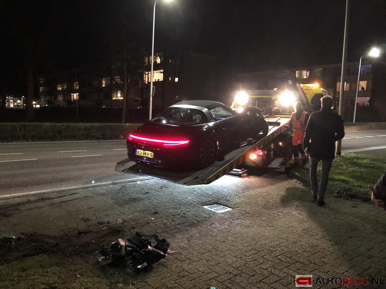 Porsche-911-Targa-4S-crash-Noordwijk-01.jpg