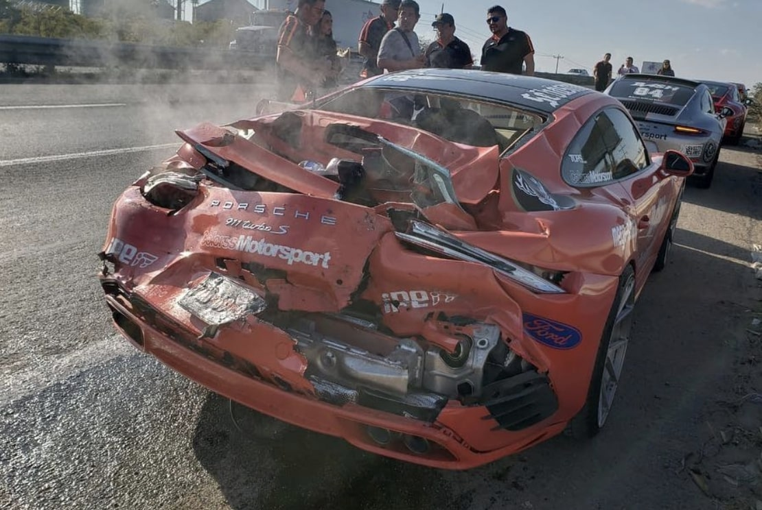 01-crash-porsche-911-mclaren-650s-mexico.jpg
