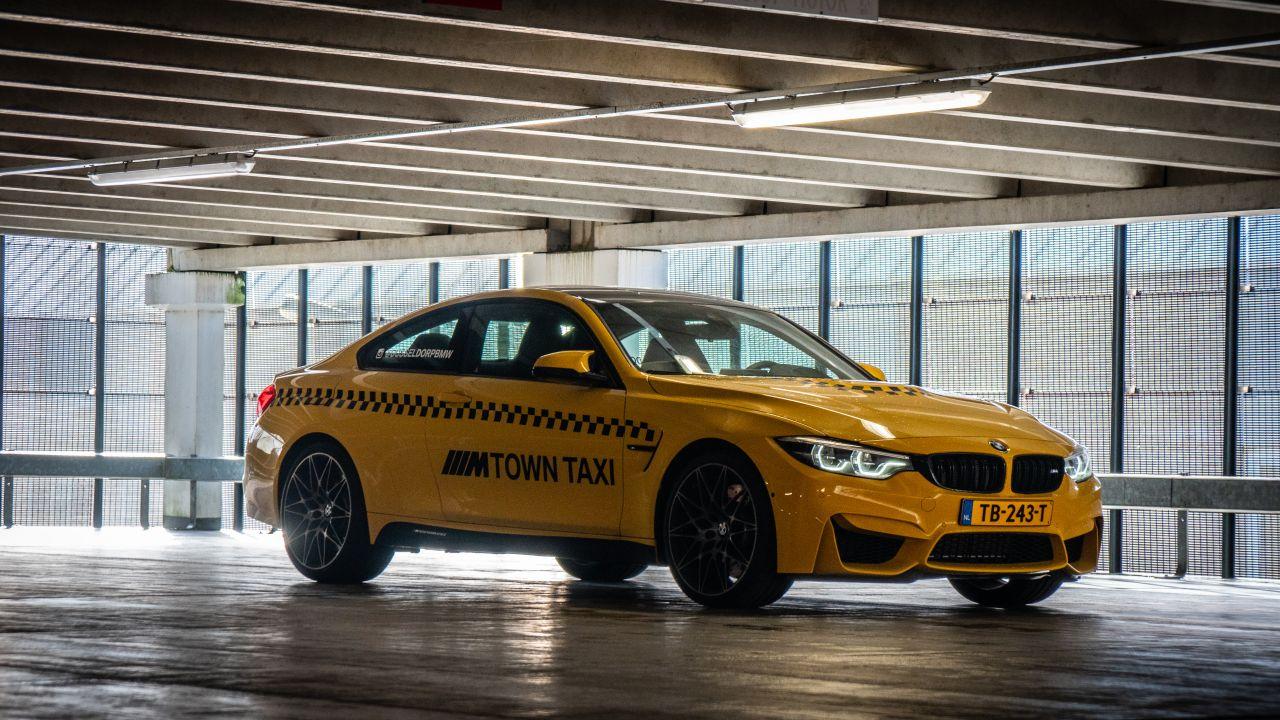 BMW_M4_M-Town_Taxi_Dusseldorp_01.jpg