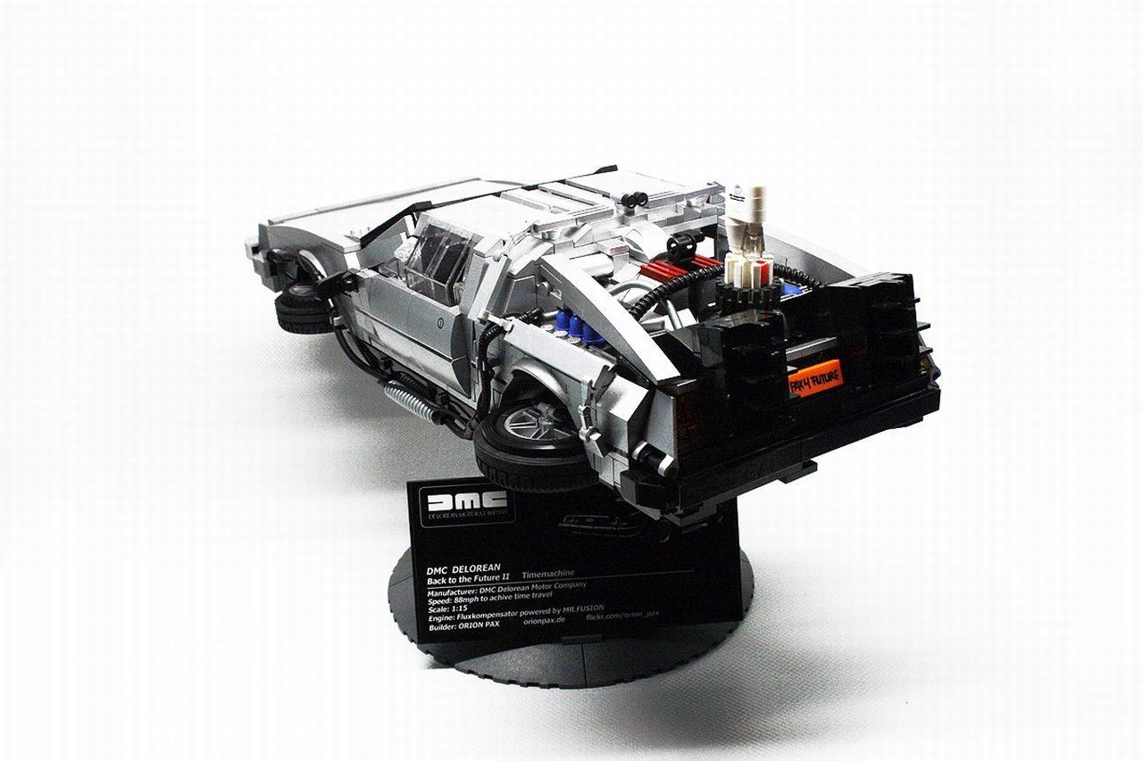 LEGO_BTTF_DeLorean_01.jpg