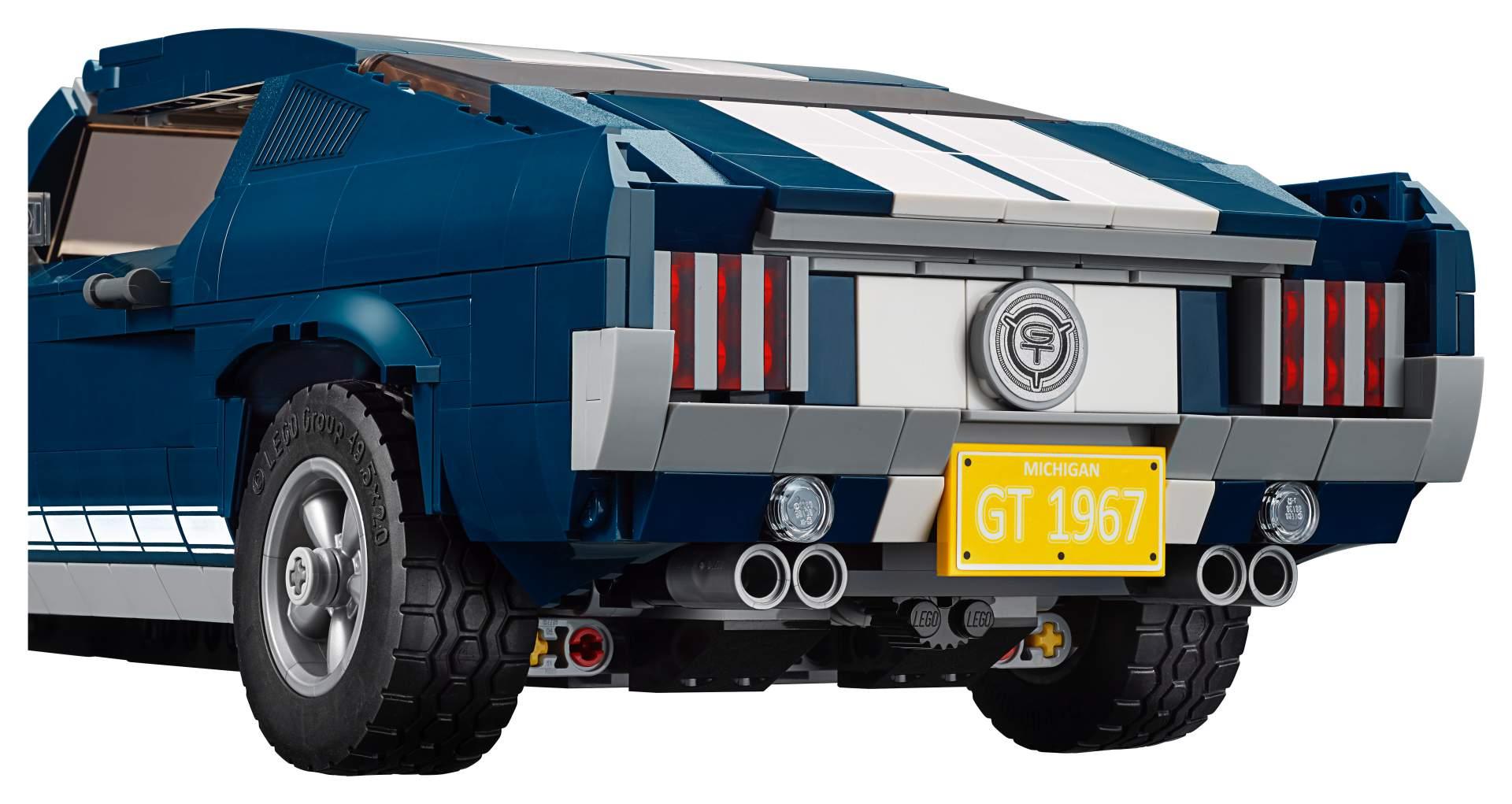 01-lego-mustang-fastback.jpg