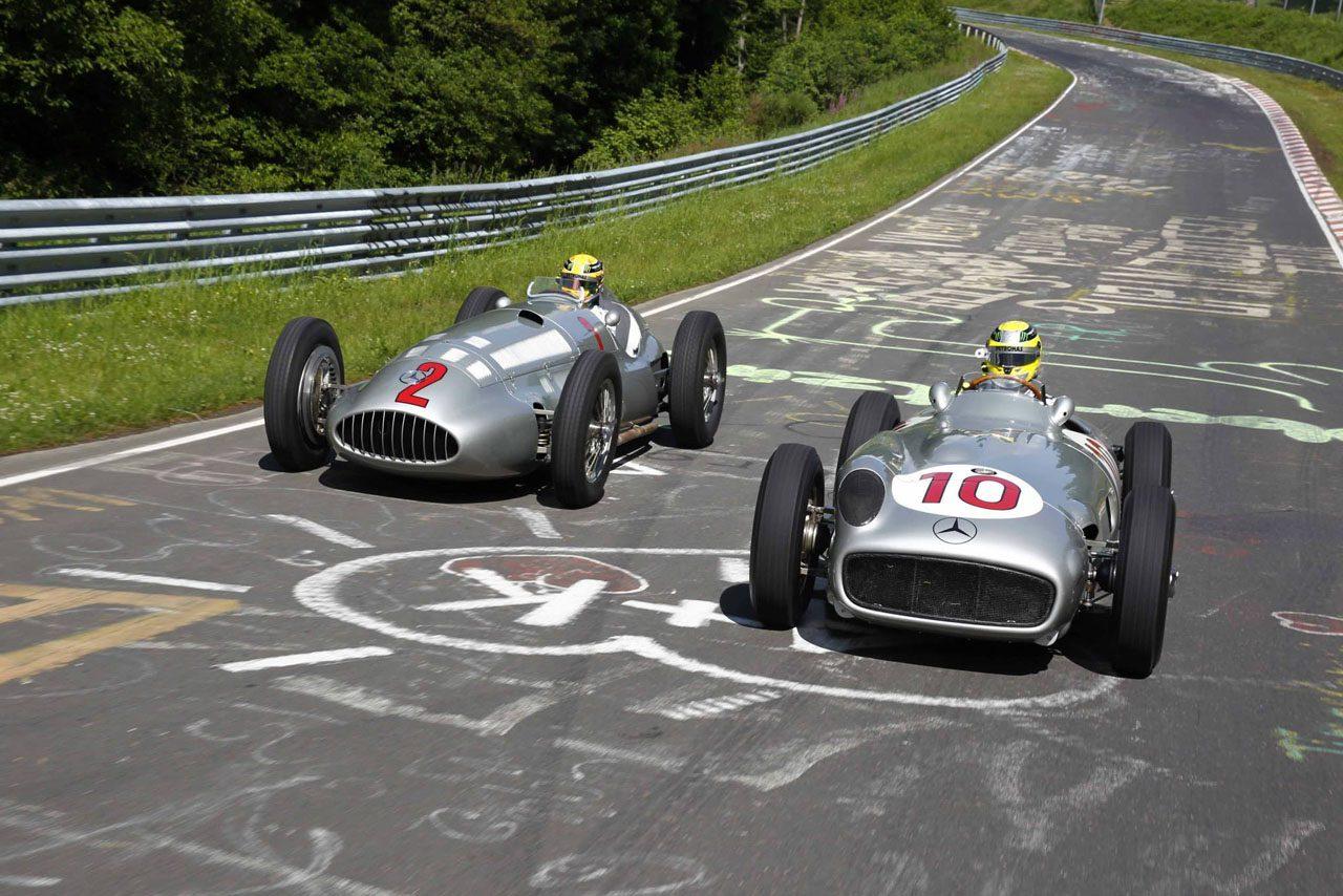 rosberg-hamilton-nurburgring-zilverpijlen-01.jpg