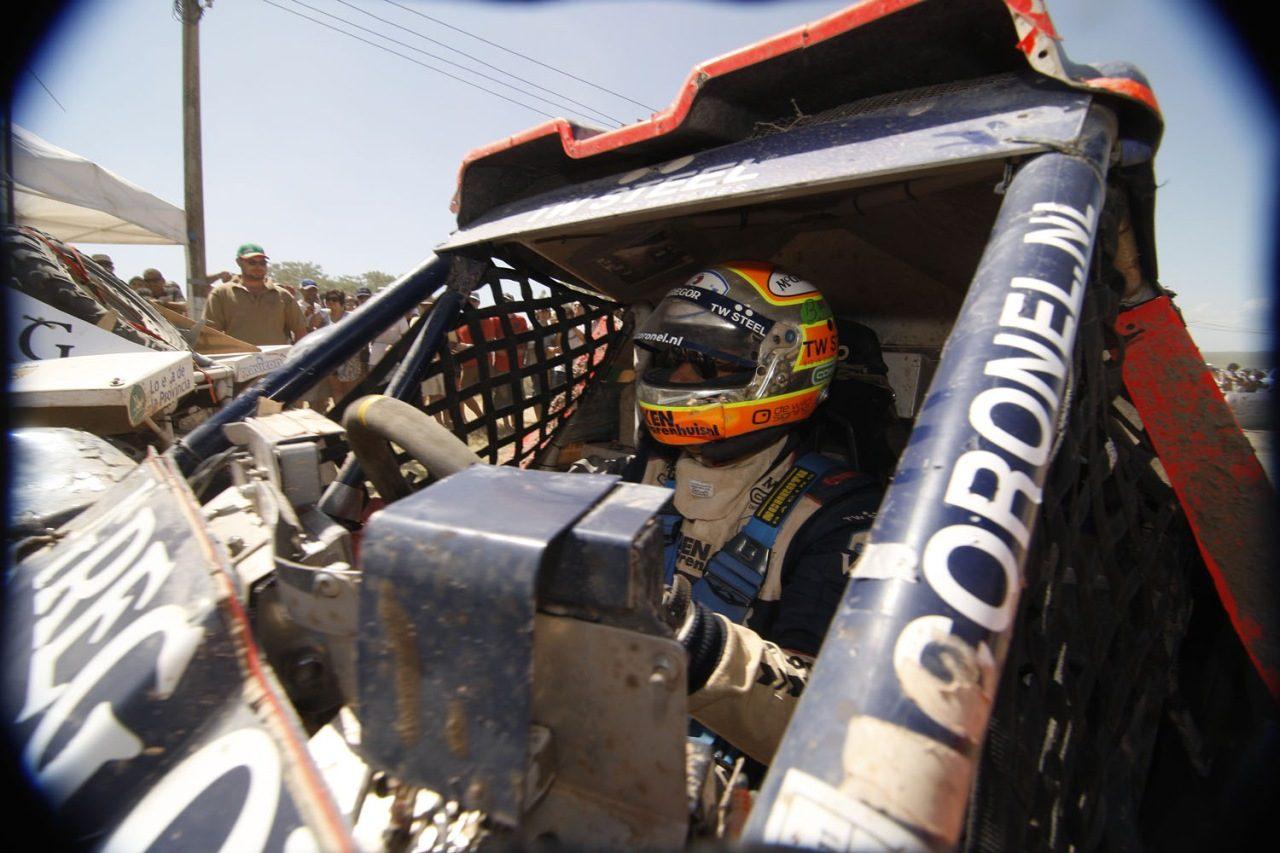 Tim_Coronel_McRae_Dakar_2011_01.jpg
