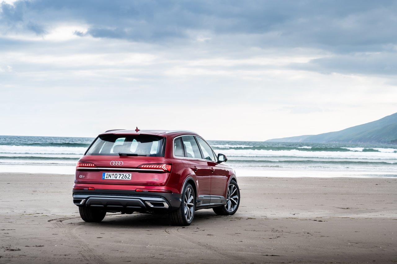Audi_Q7_facelift_01.jpg