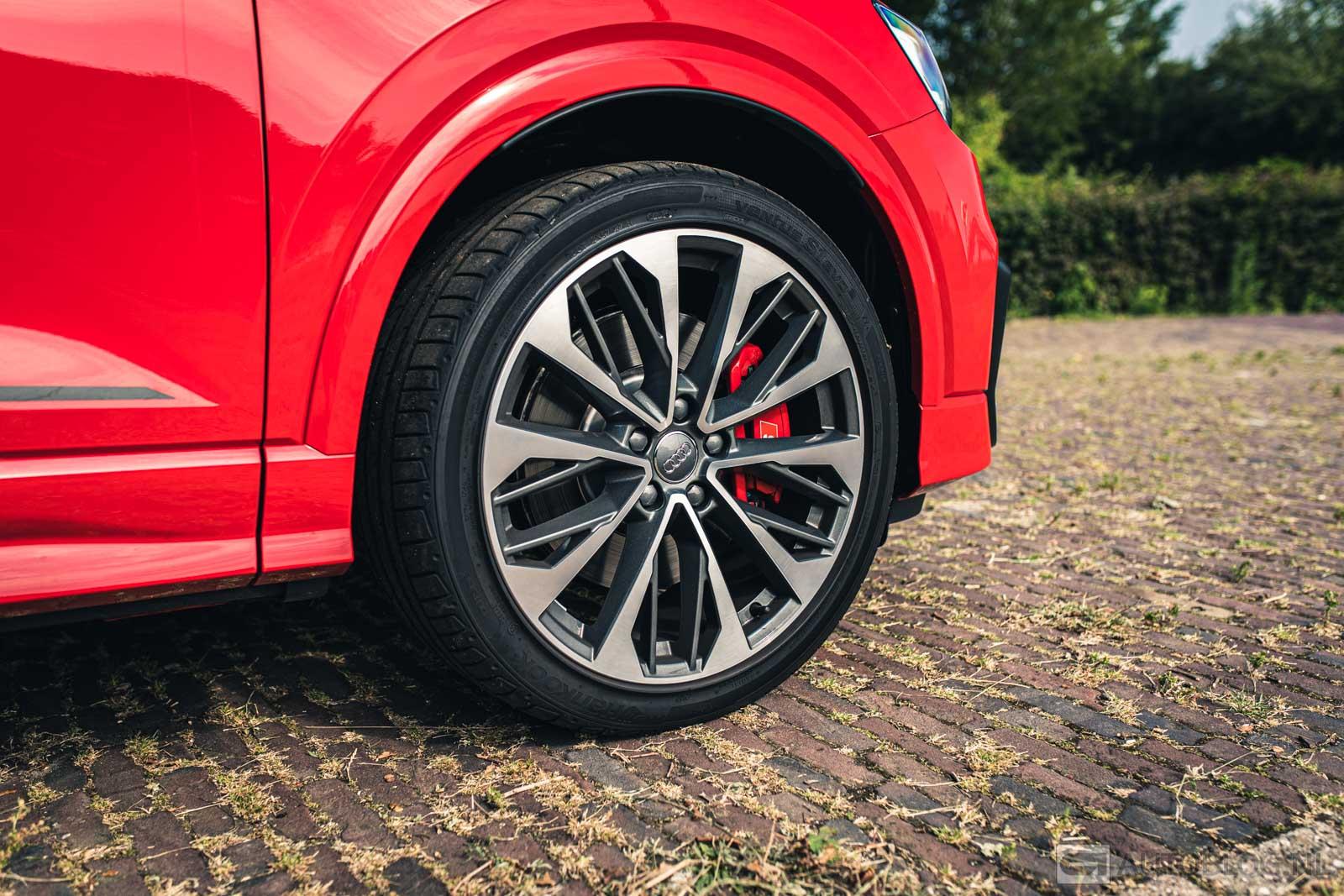 Audi-SQ2-2019-7965.jpg