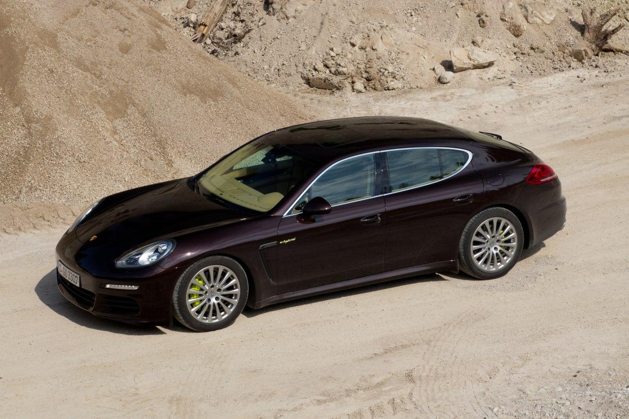 Porsche-Panamera-S-E-Hybrid-1.jpg