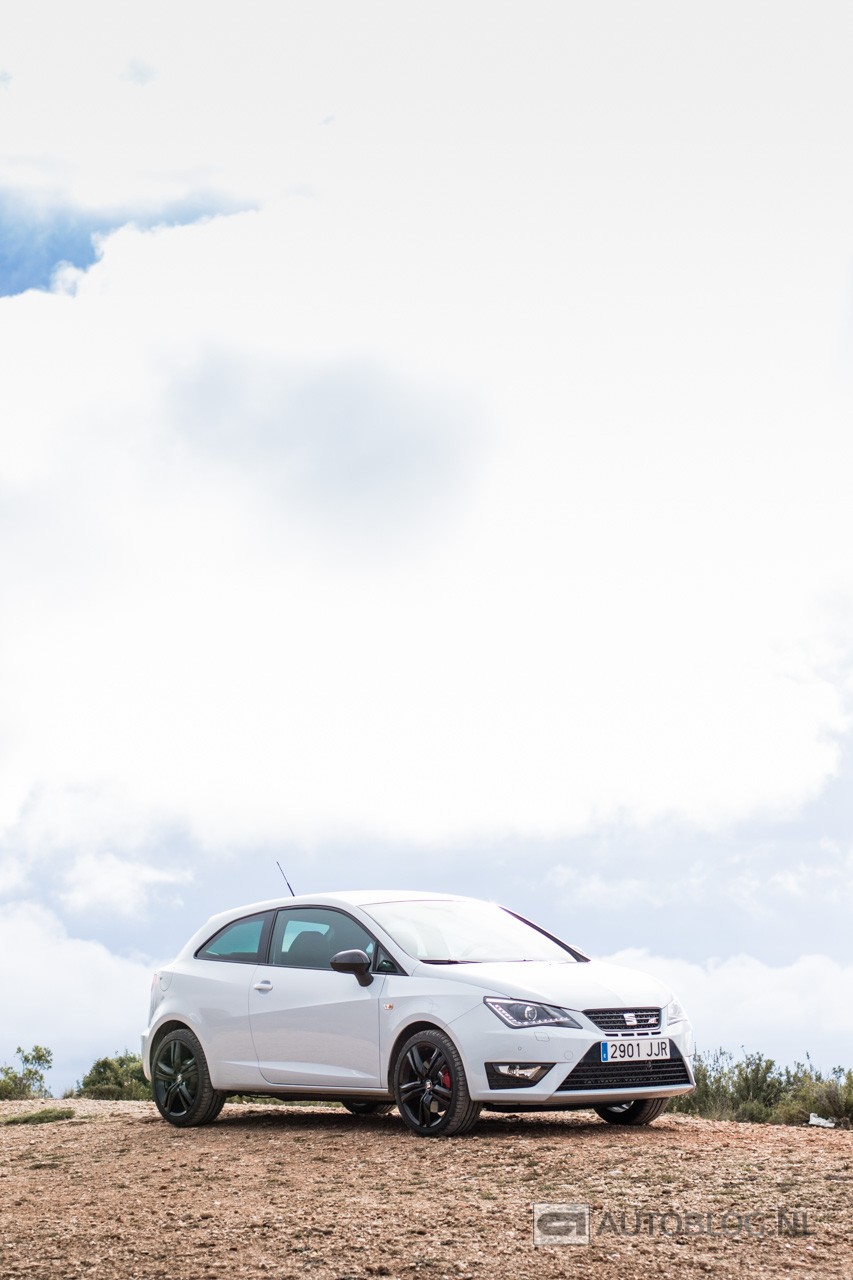 Seat-Ibiza-Cupra-2015-review-5174.jpg