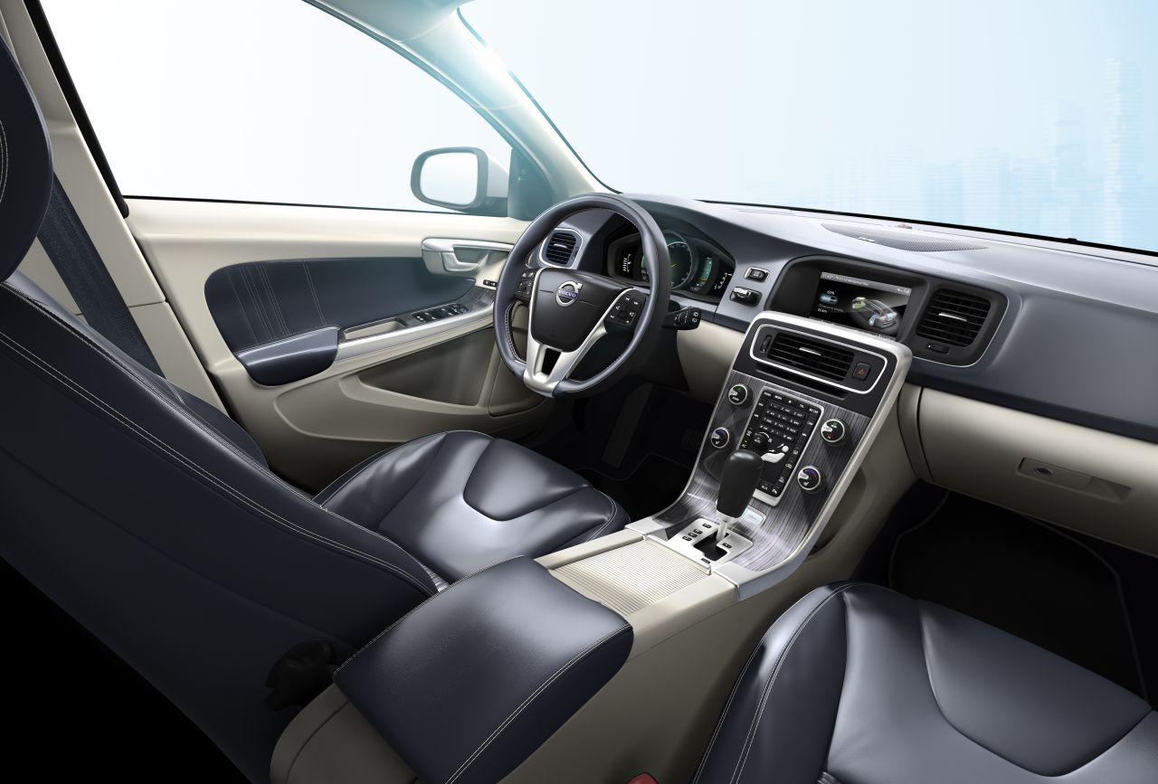 Volvo-V60-Plug-in-hybrid-01.jpg