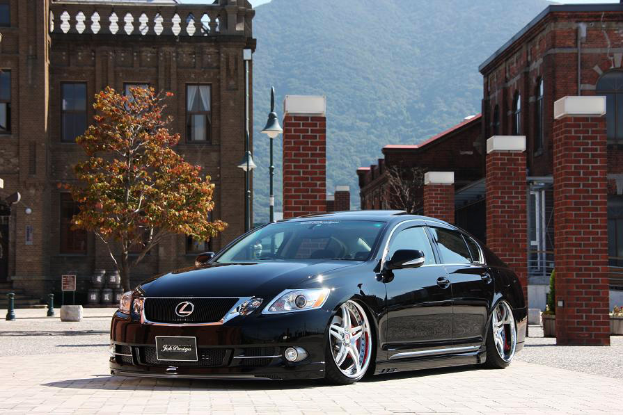 Job_Design_Hybrid_Neo_Lexus_GS_MC_350_460_01.jpg