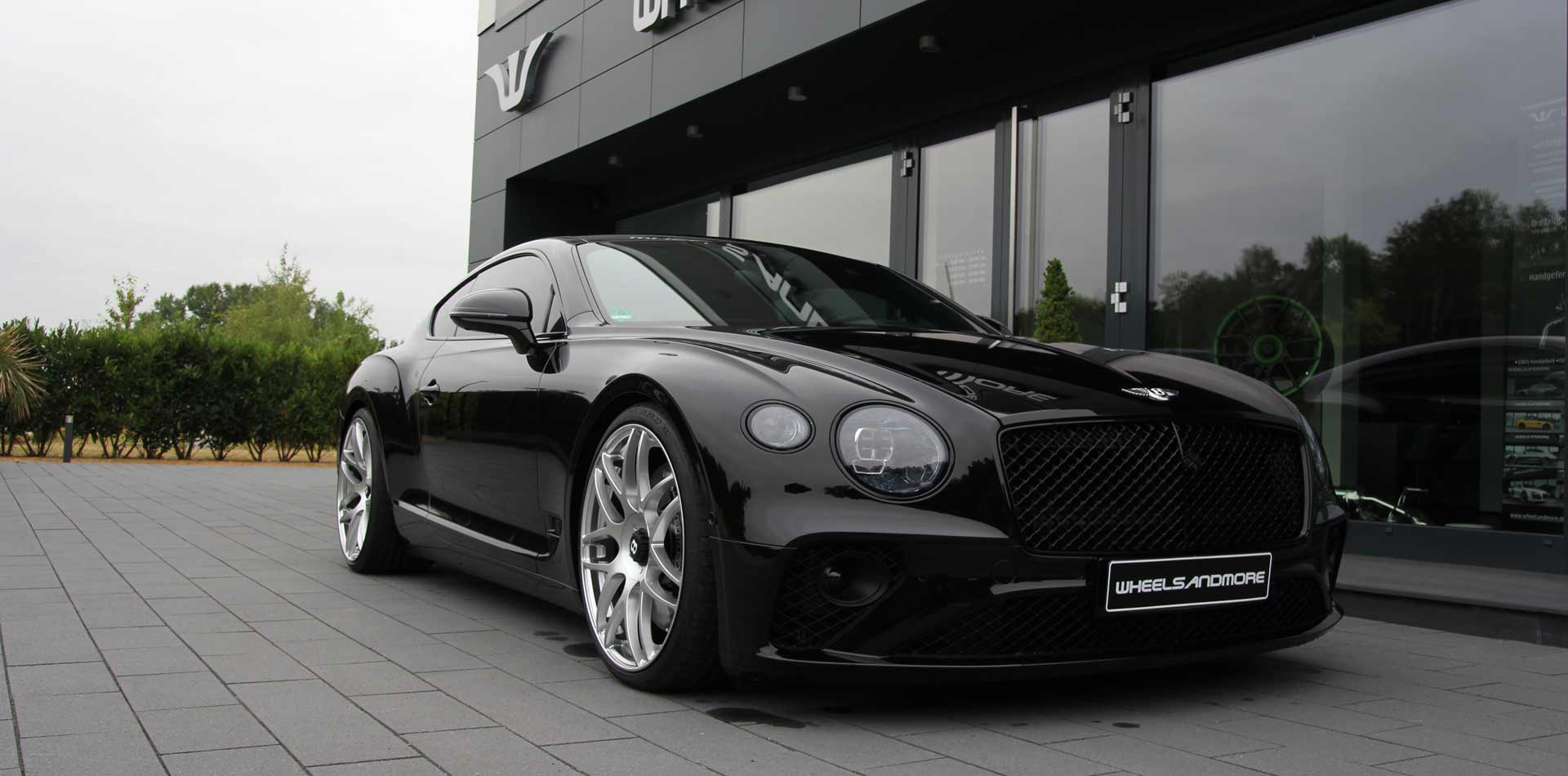 01-bentley-continental-gt-w12-tuning-wheelsandmore.jpg