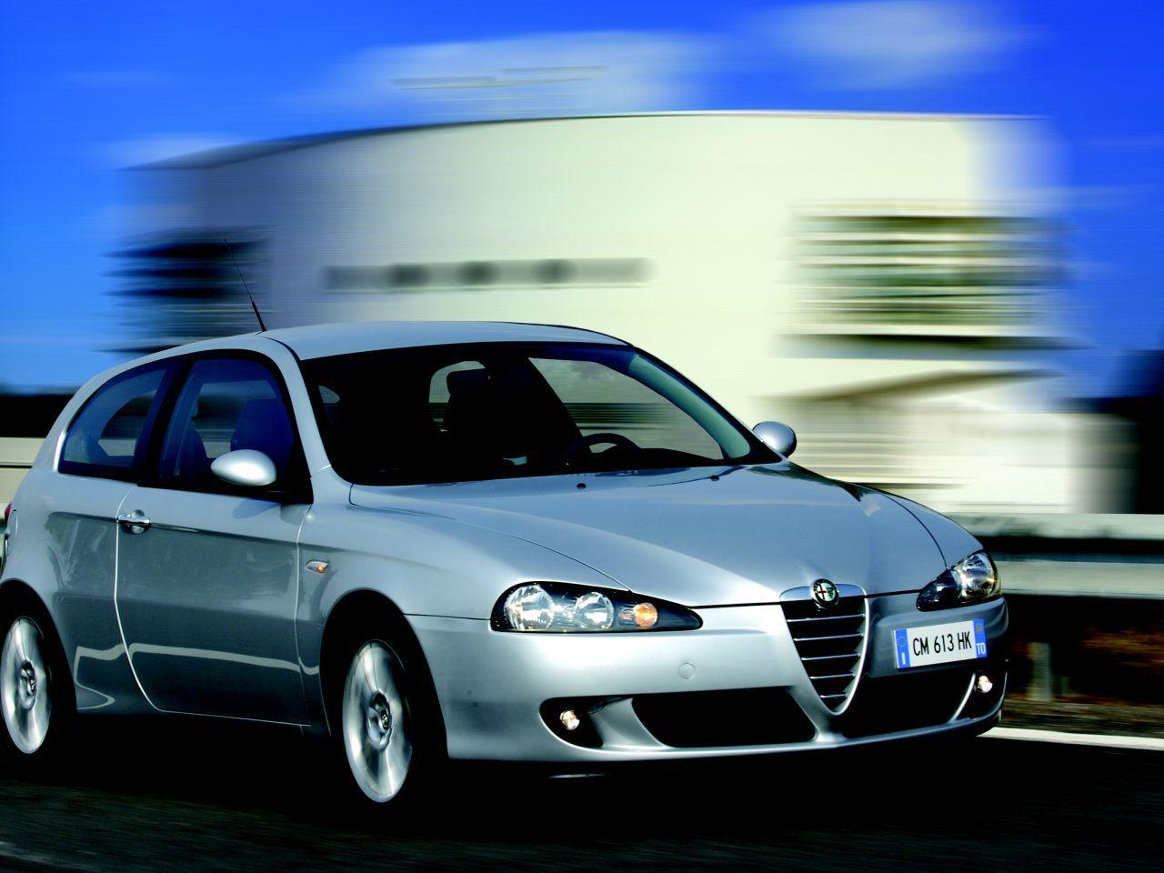 Alfa_Romeo_147.jpg