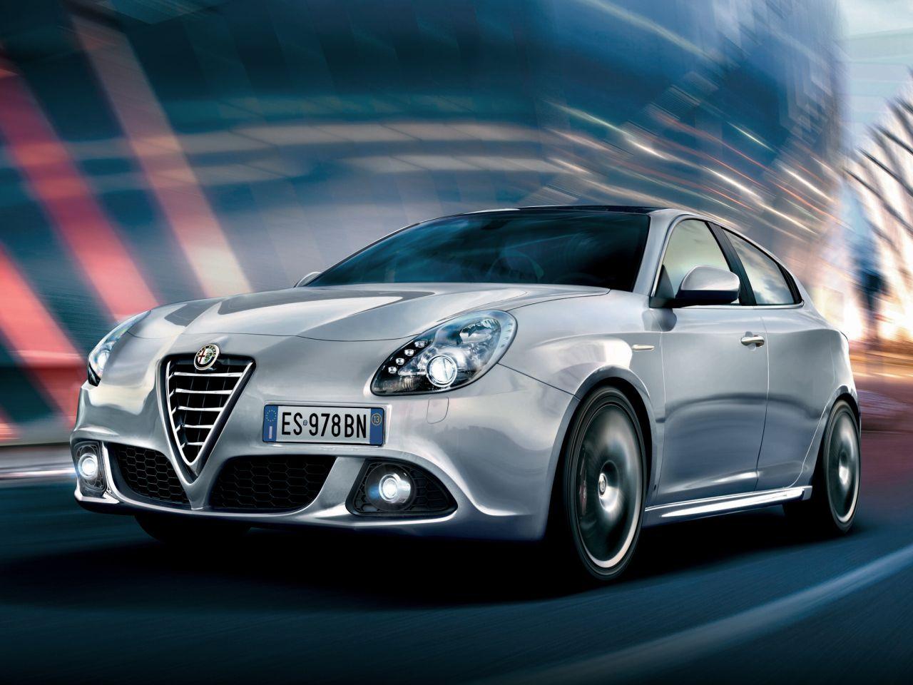 Alfa-Romeo-Giulietta-MY2014-01.jpg