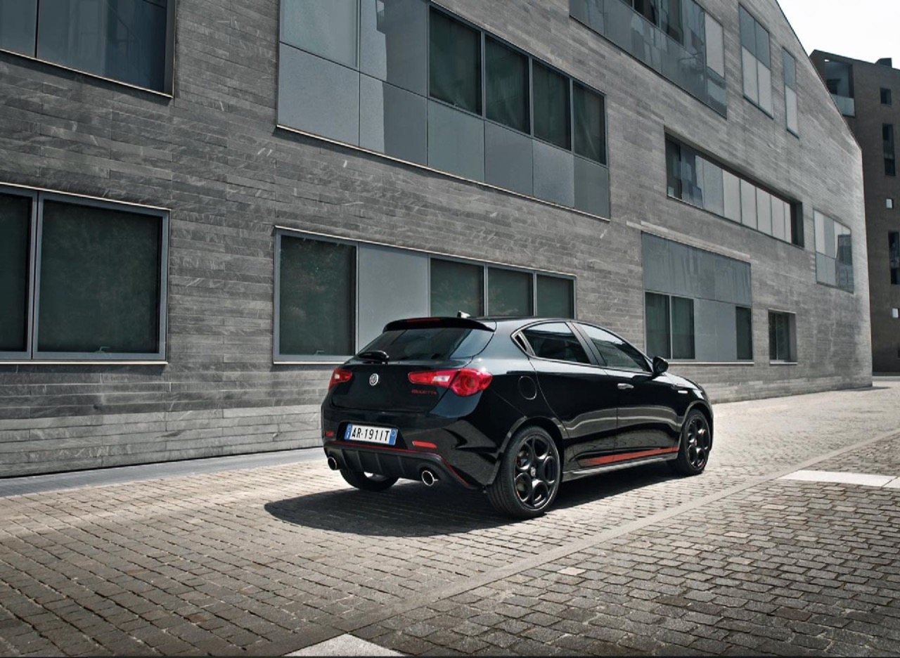 alfa-romeo-giulietta-veloce-s-edition-2019-75--001.jpg