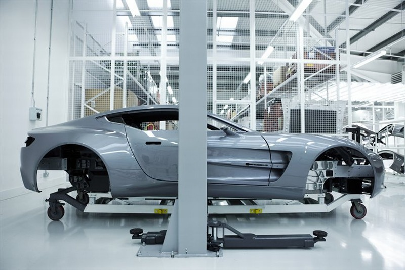 Aston_Martin_One_77_productie-1.jpg