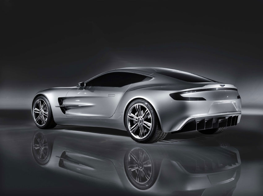 Aston_Martin_One_77_leak_01.jpg
