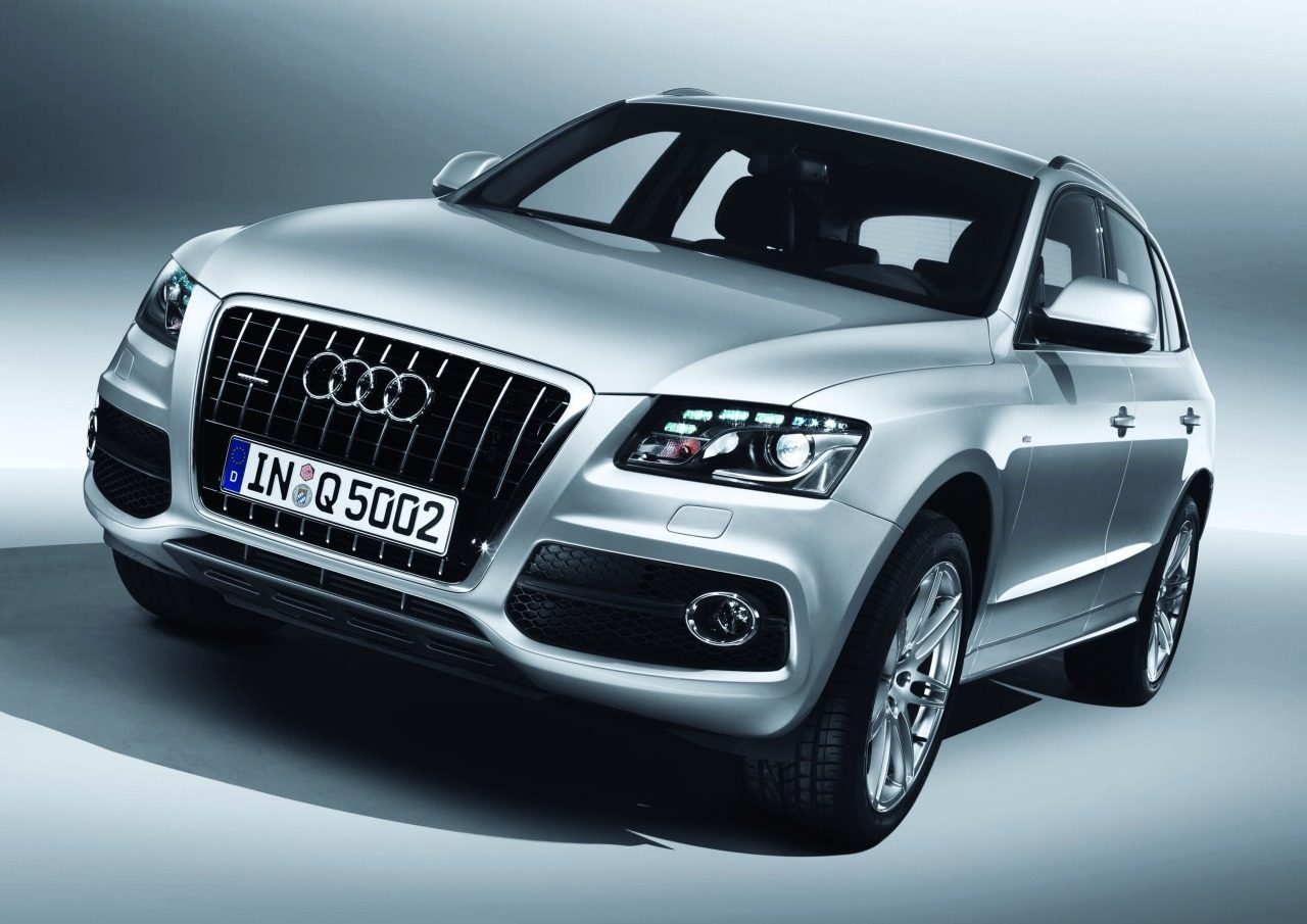 Audi_Q5_S-line_1.jpg