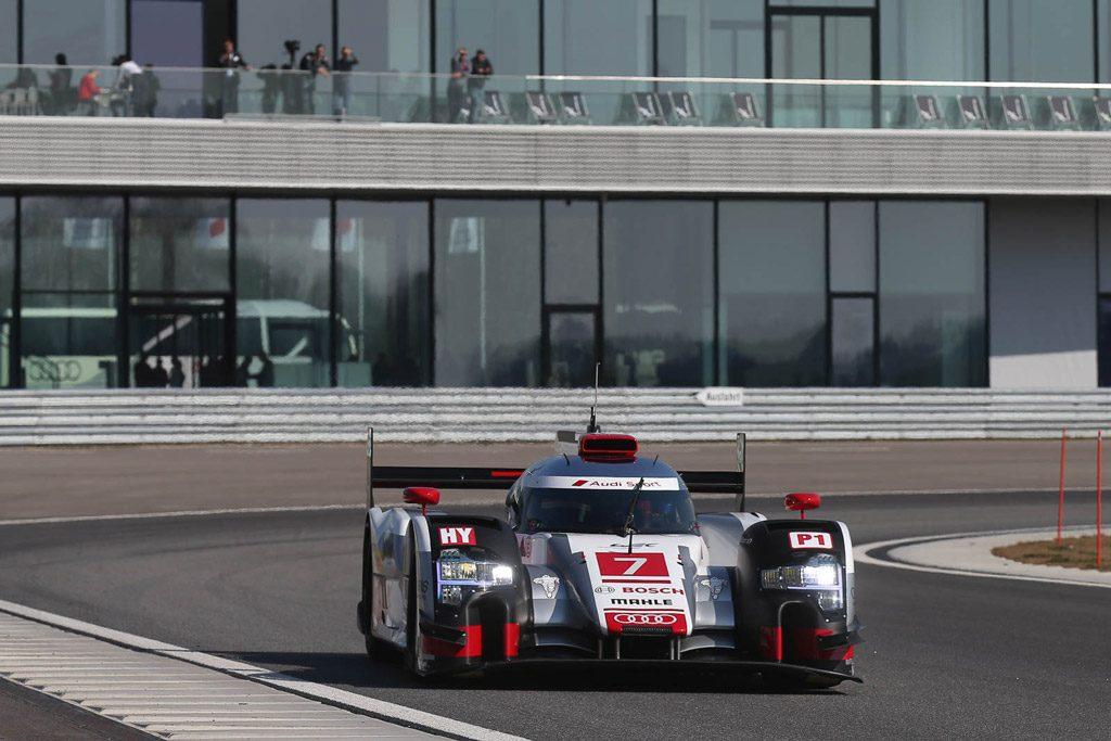 Audi-r18-etron-quattro-01.jpg