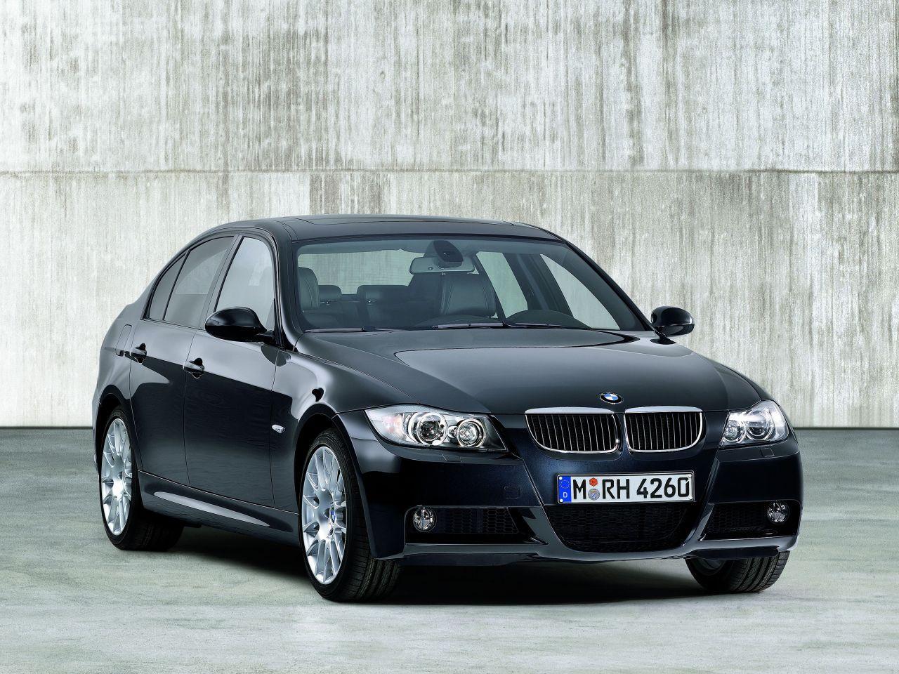 BMW_320si_E90.jpg
