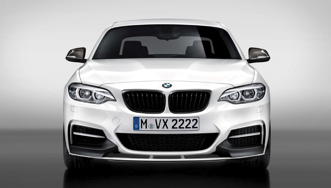 BMW-M240i-M-Performance-Edition-2017-001.jpg