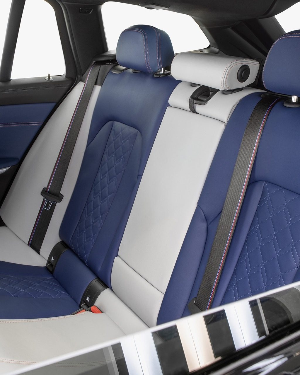 BMW-M340I-FIRST-EDITION-2019-001.jpg