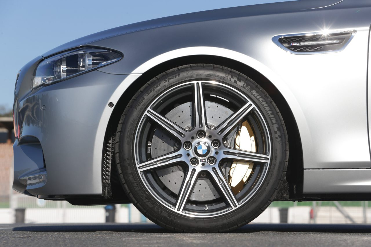 BMW-M5-F10-Competition-Package-01.jpg