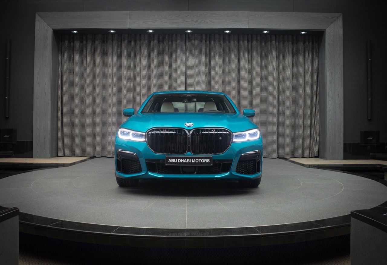 bmw-m760li-atlantis-blue-abu-dhabi-motors-2019-001.jpg