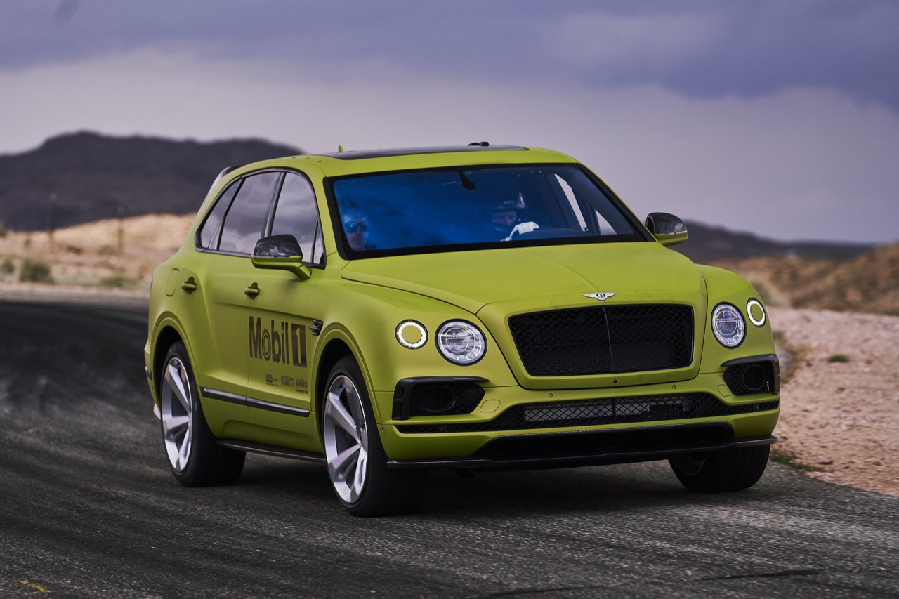 Bentley-Pikes-Peak-record-Bentayga-01.jpg