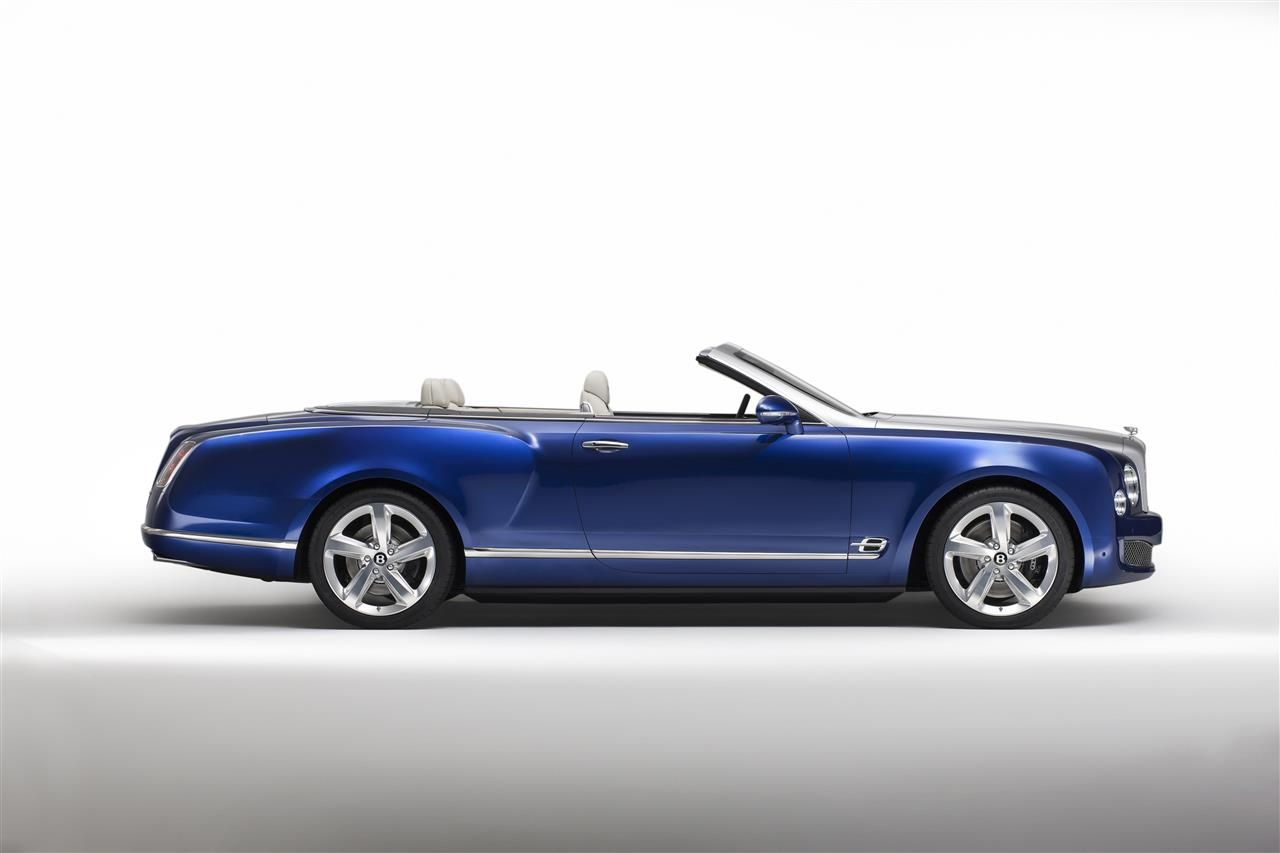 Bentley-Grand-Convertible-2015-001.jpg