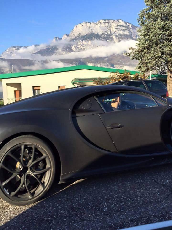 bugatti-chiron-mule-001.jpg