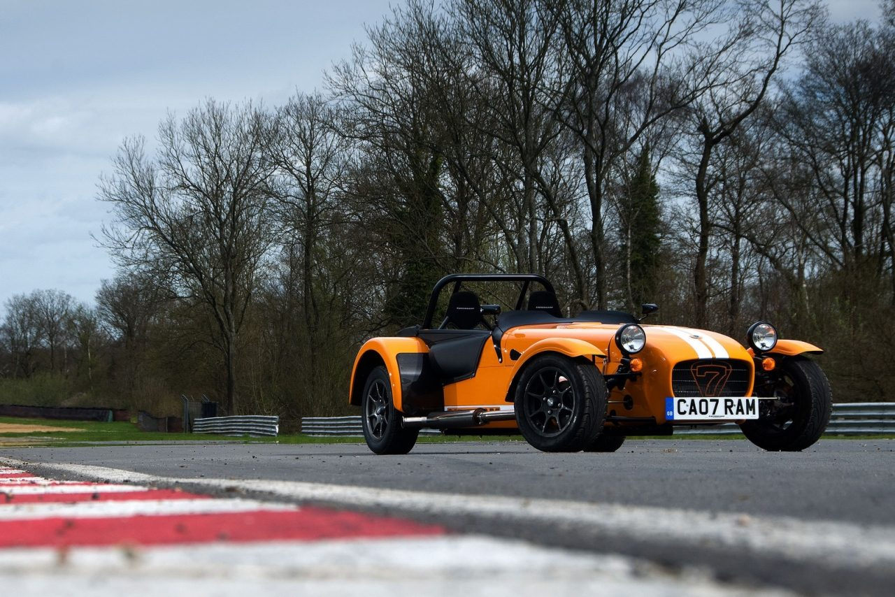 Caterham_Seven_Supersport_01.jpg