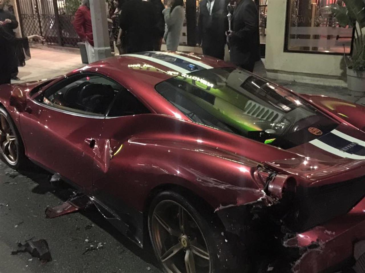 Ferrari-458-Speciale-crash-01.jpg