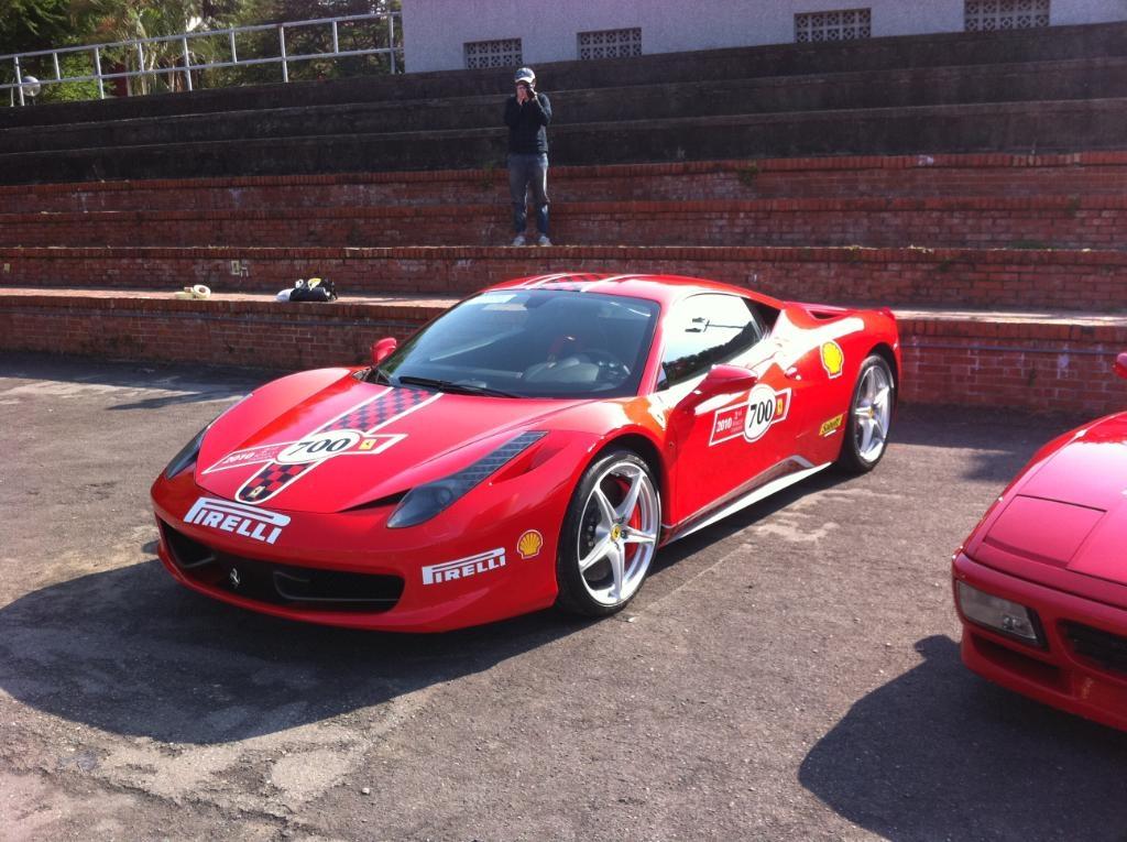 Ferrari_458_Italia_Challenge_street_01.jpg