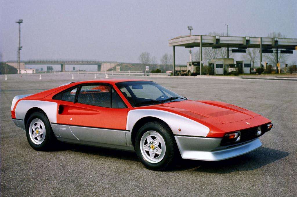 Ferrari-308-millechiodi-01.jpg