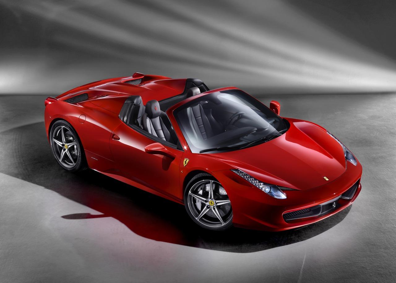 Ferrari_458_Spider_01.jpg