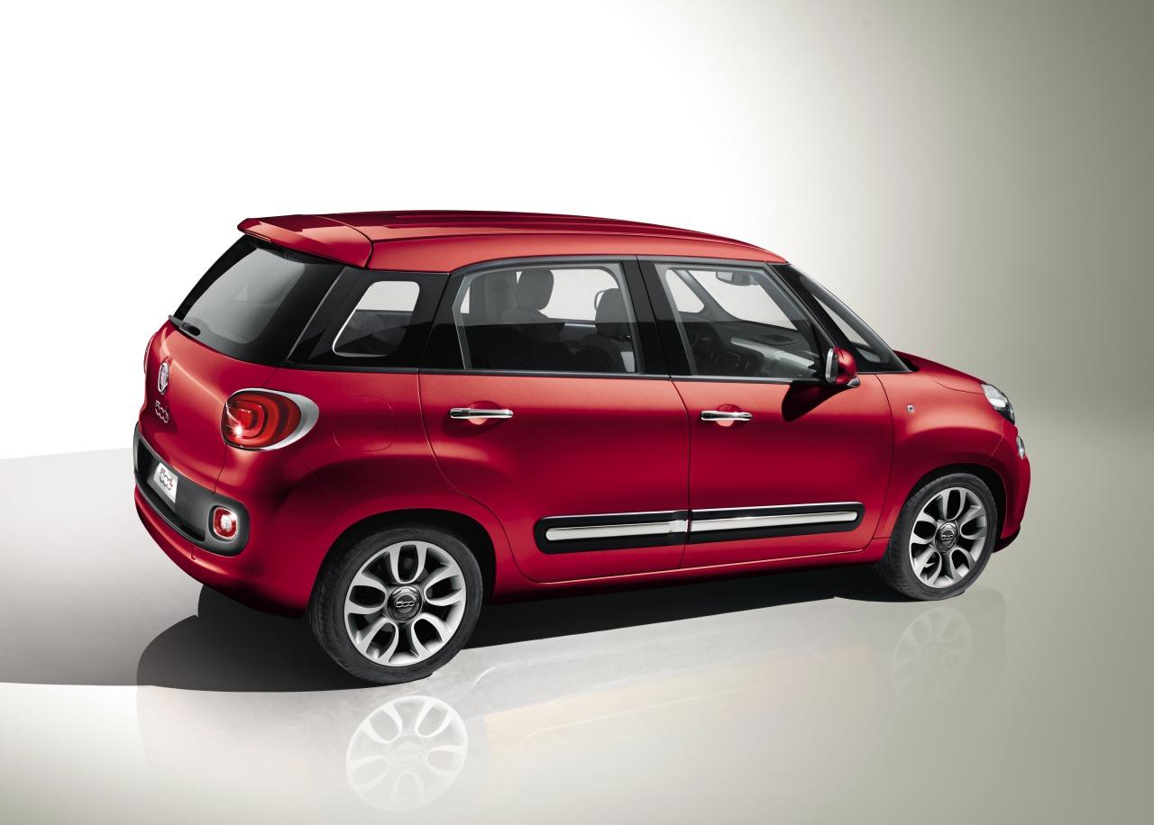 Fiat_500L_01.jpg