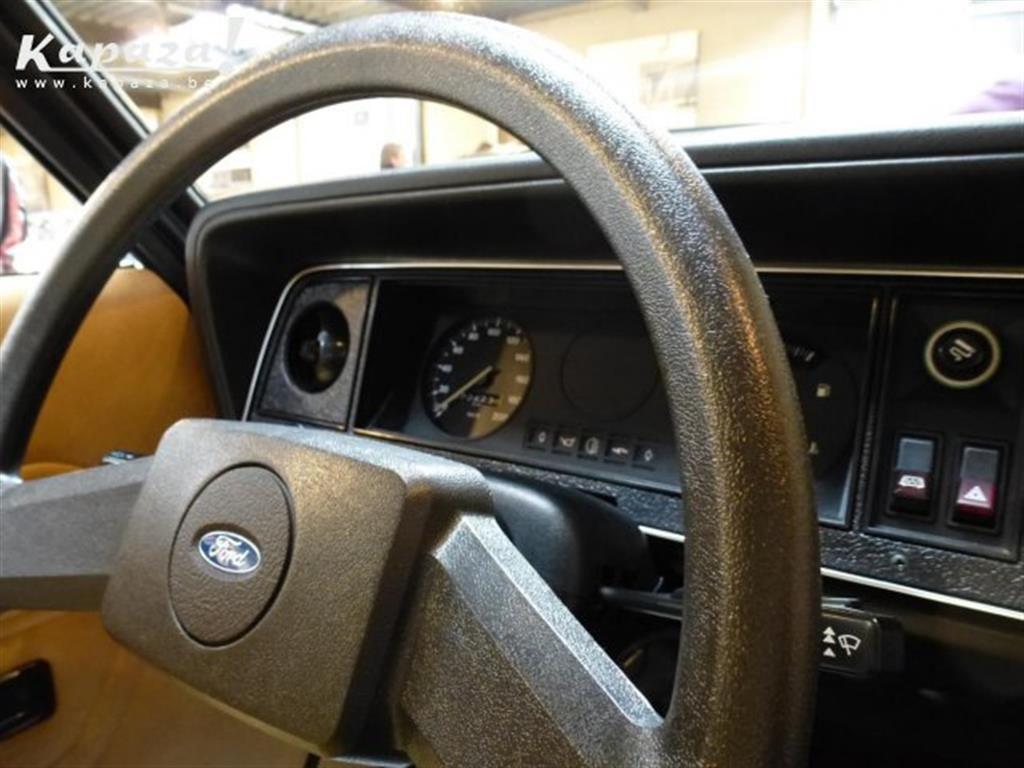 Ford-Taunus-TC2-1977-001.jpg