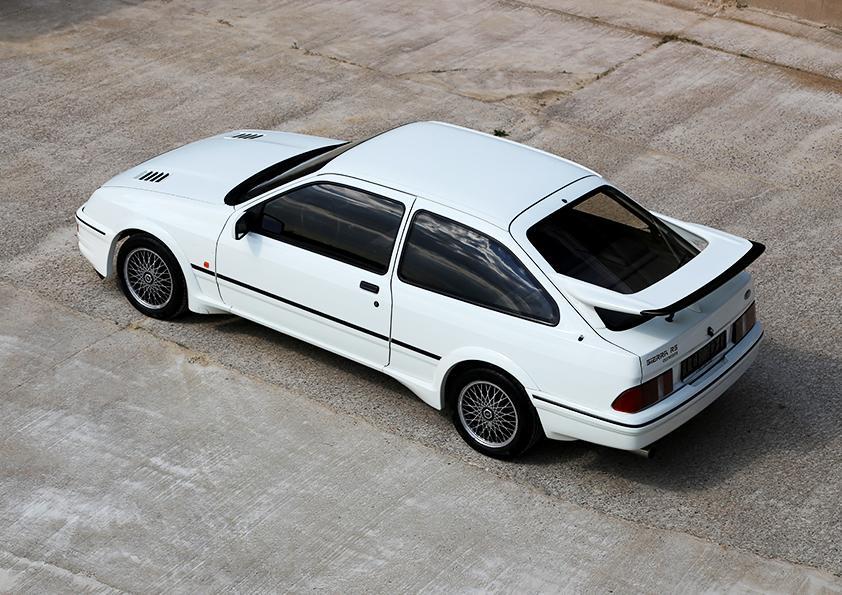 Ford-Sierra-RS-Cosworth-occ-01.jpg