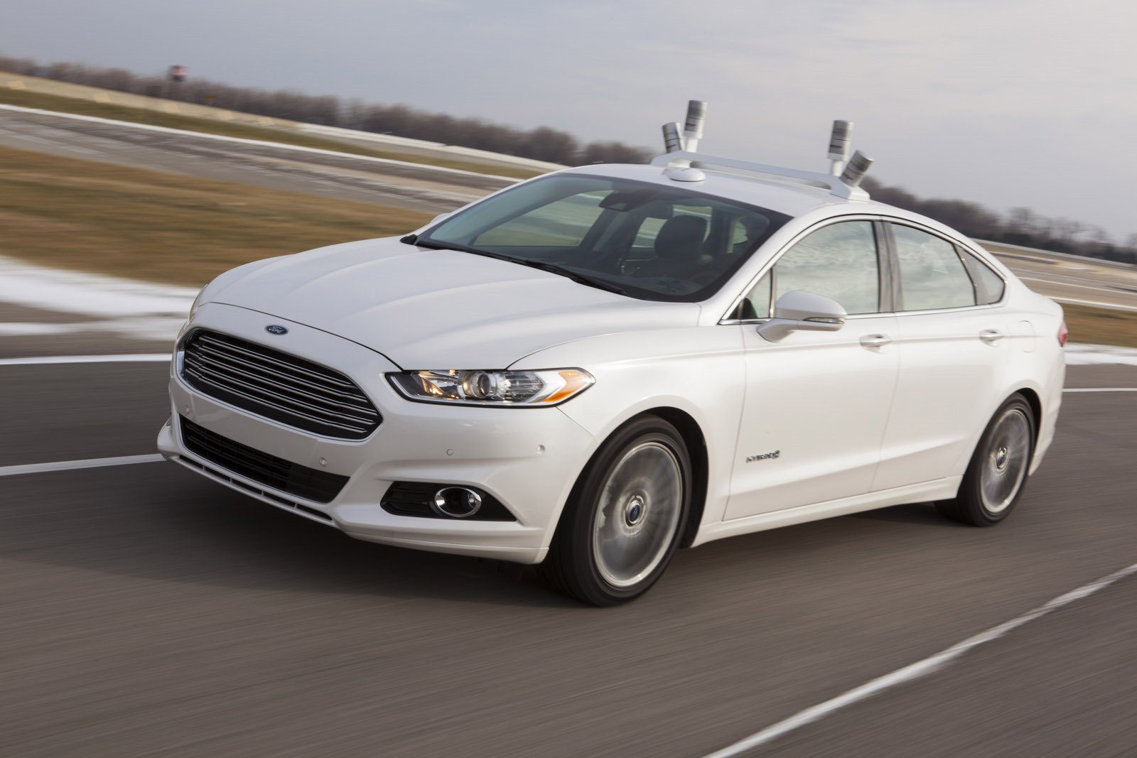 Ford-Fusion-Hybrid-Research-Vehicle-001.jpg