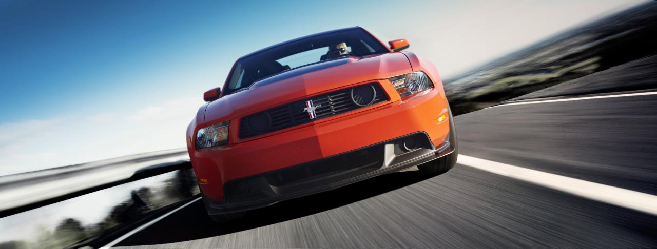 2012_Ford_Mustang_Boss_312-01.jpg