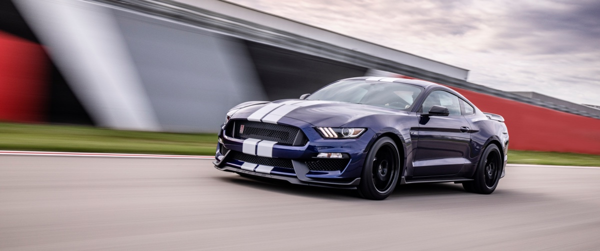 01_ford-mustang-shelby-gt350r.jpg