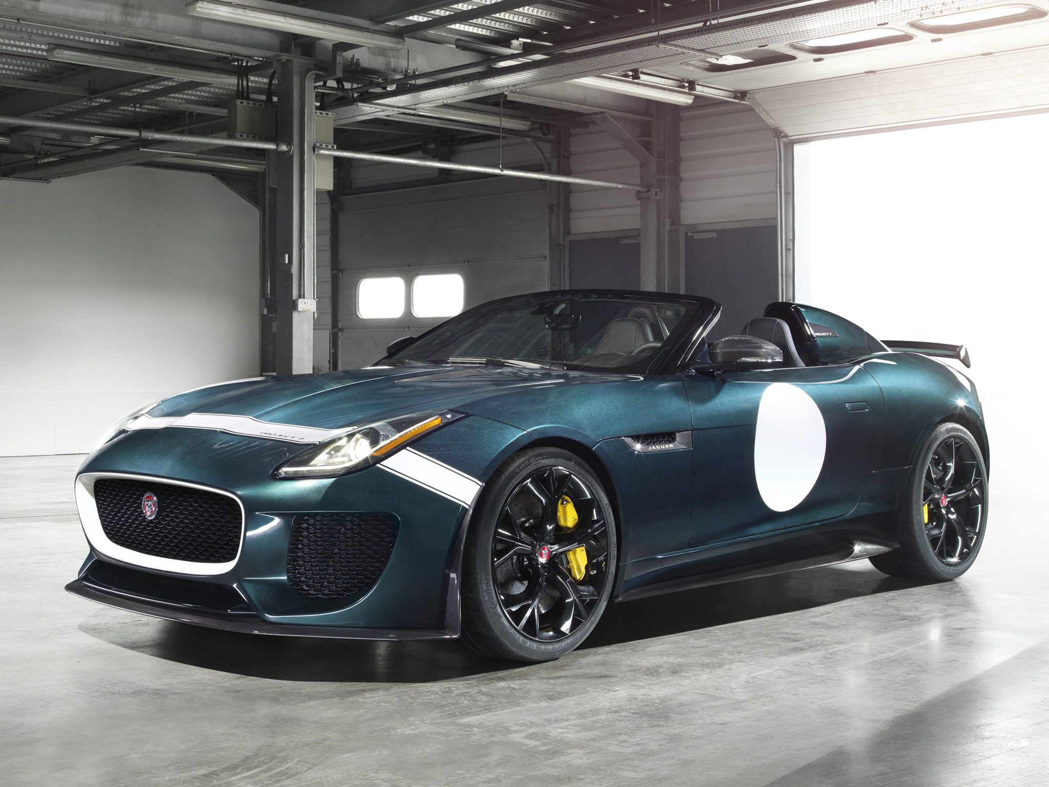 jaguar-f-type-project-7-2014-001.jpg